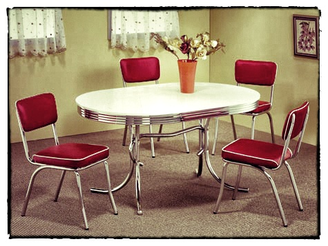 White-chrome-oval-retro-table-w-red-chairs-50s-style-retro-furniture-475x357 _Snapseed